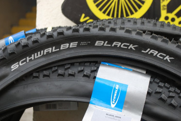 SCHWALBE BLACK JACK 26*2.25